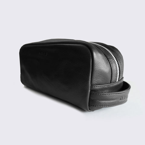 - LEATHER WASH BAG