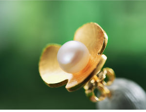 Clover Flower Gold Pearl Earrings