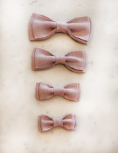 Load image into Gallery viewer, Luxury Linen Dusky Rose Bow Tie