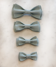 Load image into Gallery viewer, Luxury Linen Peppermint Bow Tie