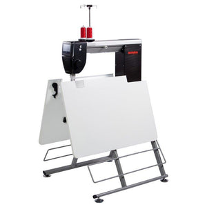 Q20 Long arm quilting machine on Horn Foldable table