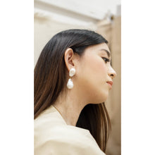 Load image into Gallery viewer, Ilap Baroque Earrings