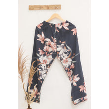 Load image into Gallery viewer, Floral Cotton Pajamas