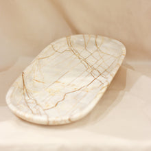 Load image into Gallery viewer, Marble Oval Plate