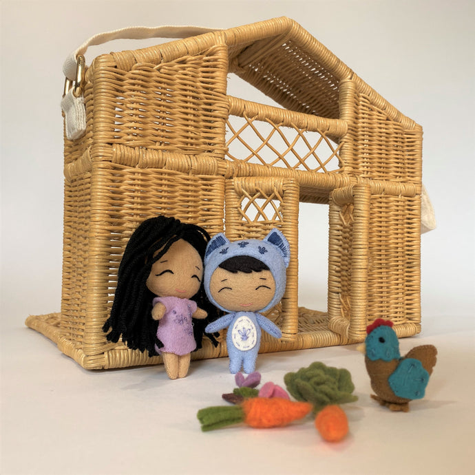 Carry Mi Casa Rattan Doll House