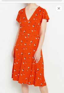 Sustainable Red & White Flower Pattern V Neck Dress