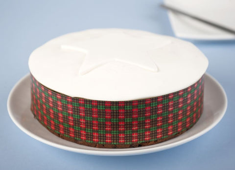 Word of Mouth Starry Christmas Cake, Small 500g