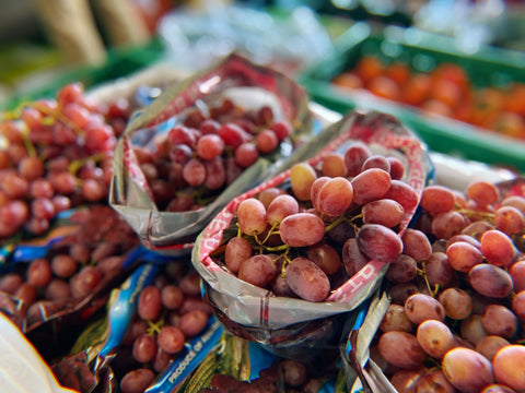 Grapes 1kg, Red or green seedless (imported)