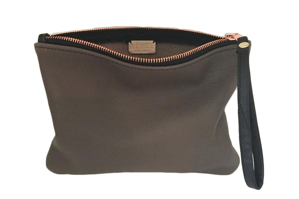 Easy wristlet clutch - Taupe Grey