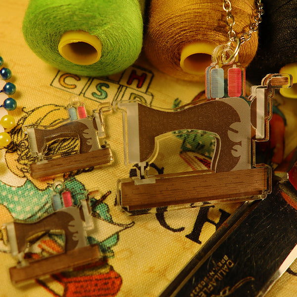 Vintage Sewing Machine - Pendant/Earrings