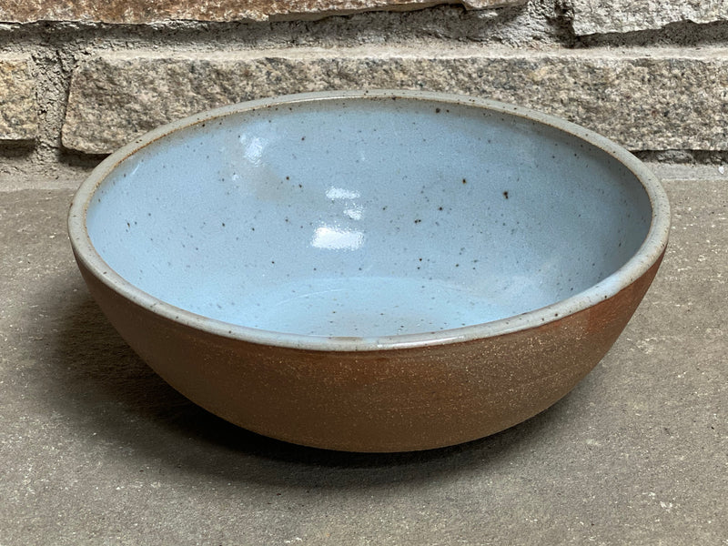 "Medium Serving Ö Bowl 9""w x 3""w"