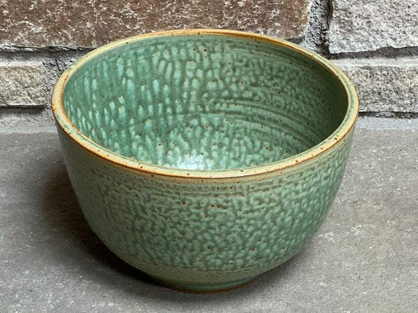 Large Serving Ö Bowl, 9