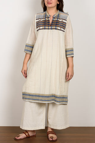 Creme Kurta with thin lines