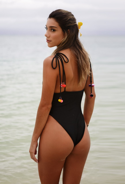 GiGi One Piece – Black