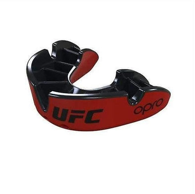 OPRO Self-Fit UFC Silver Adult Mouthguard - Buy now online with delivery in 1-2 days in UAE, Dubai, Abu-Dhabi.