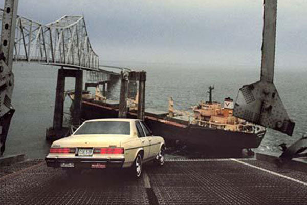 Old Skyway Bridge Collapsed