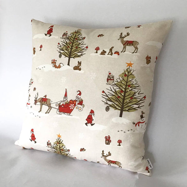 Winter Wonderland Cushion right view