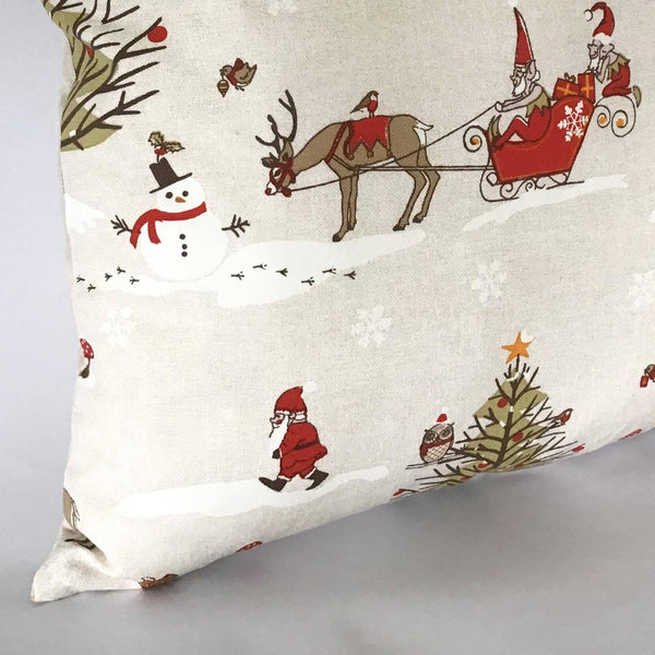 Winter Wonderland Cushion left corner