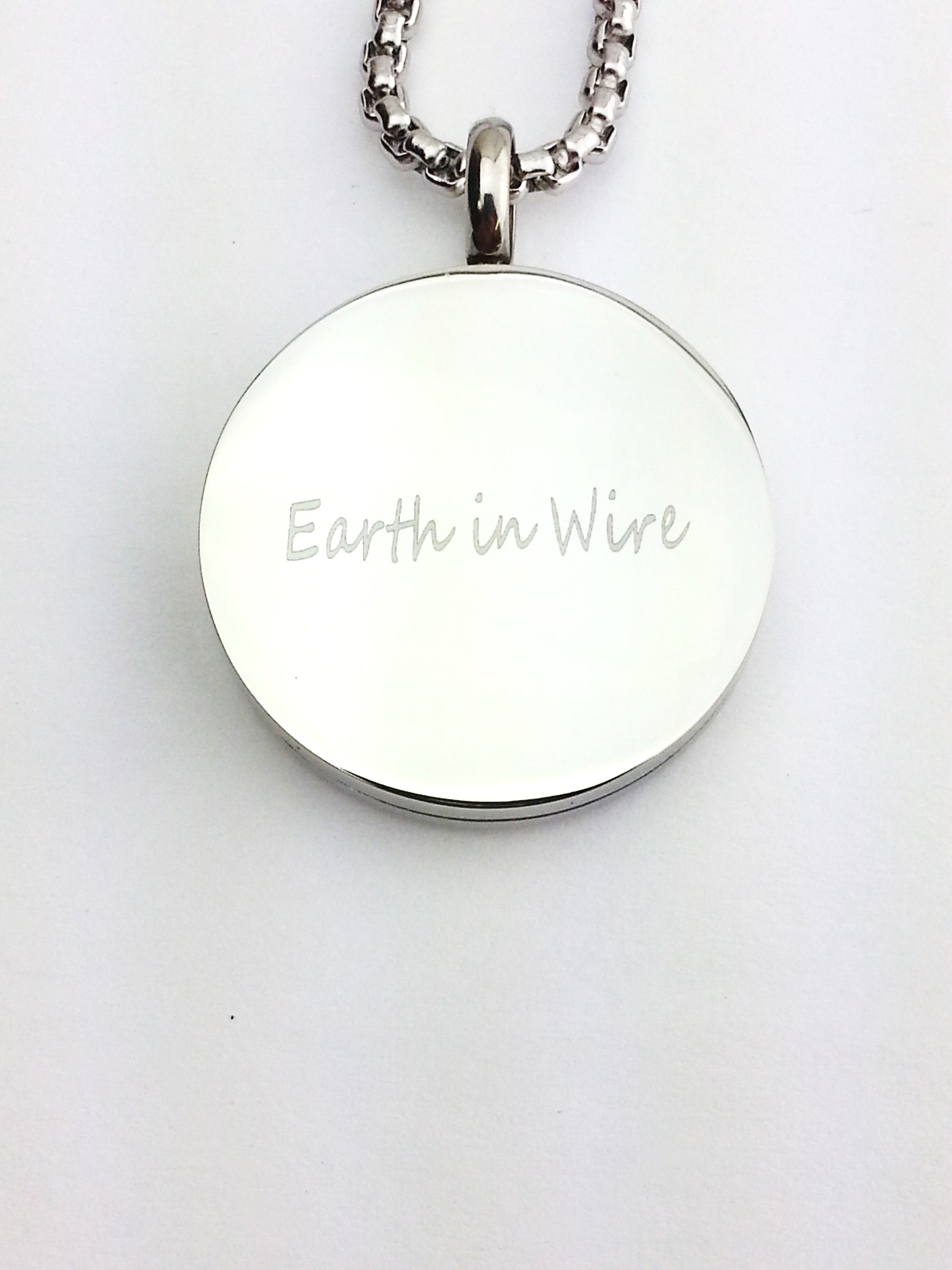 Faith Cross Aromatherapy Pendant