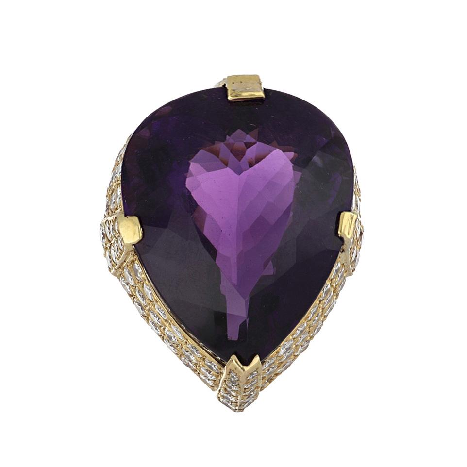 Estate 18K Gold Pear Shape Amethyst and Pavé Diamond Ring