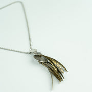 FEATHER DROP NECKLACE - GOLD