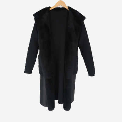 REVERSIBLE SHEARLING WITH HOOD