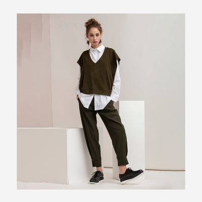 CROPPED TRAVEL FABRIC TROUSERS WITH CUFF