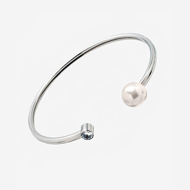 PEARL AND DIAMANTE BANGLE