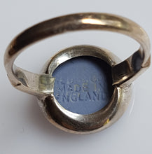 Load image into Gallery viewer, Ring - Estate - Wedgewood Cameo, blue in Sterling