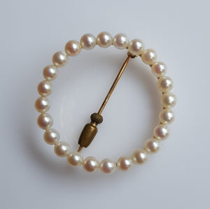 Brooch - Estate - Pearl, cultured in gold-tone metal