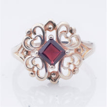 Load image into Gallery viewer, Ring - Estate - Garnet in Sterling (Jan birthstone)