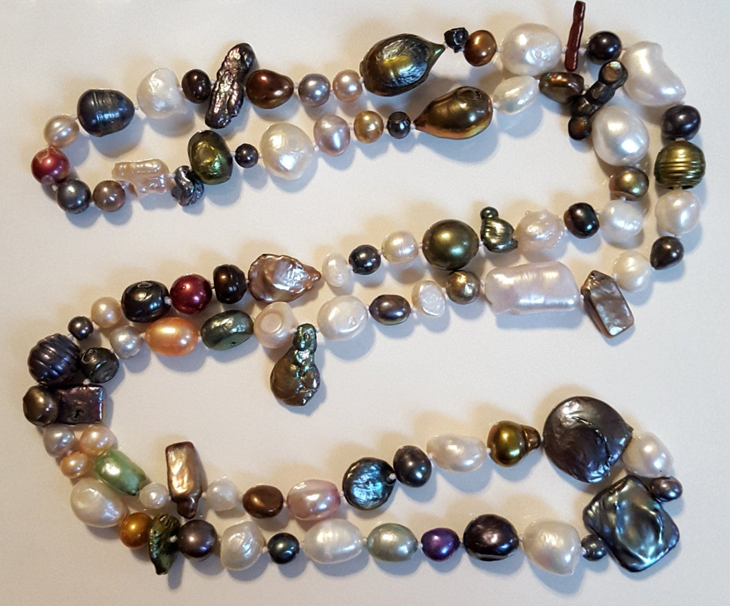 Pearls, Freshwater - hand-knotted multicolor 24