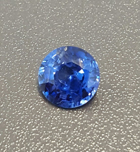 Gemstone - Sapphire, Blue (heated), vivid color - 1.365 cts round