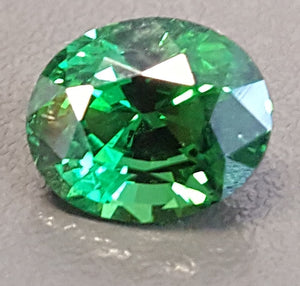 Gemstone - Garnet, Tsavorite (vivid and clean!) - 2.18 cts oval