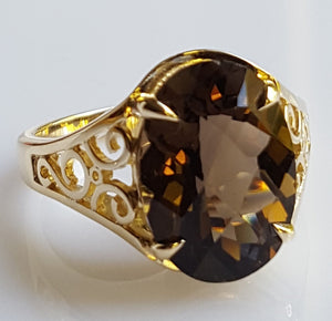 Ring - Smoky Quartz (hand-cut), in statement piece 14k Yellow Gold - size 7