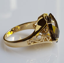 Load image into Gallery viewer, Ring - Smoky Quartz (hand-cut), in statement piece 14k Yellow Gold - size 7