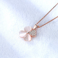 Load image into Gallery viewer, 4 Leaf Clover Pendant Necklace - Timeless Modern Home