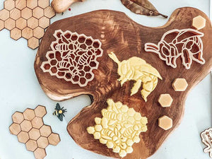 Teddy Bear Bee & Honey Comb Eco Cutter Set