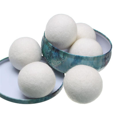 Laundry wool balls in box