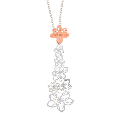 Necklace in silver with rich floral pattern central