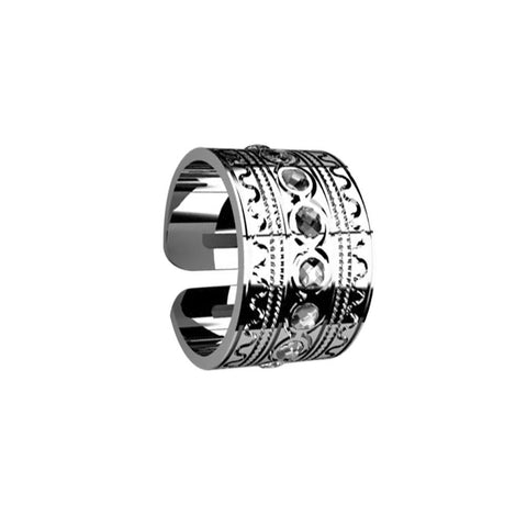 Related product : A large ring with Etruscan processing and Swarovski