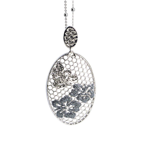 Necklace with oval from floral decorum and Glitter black