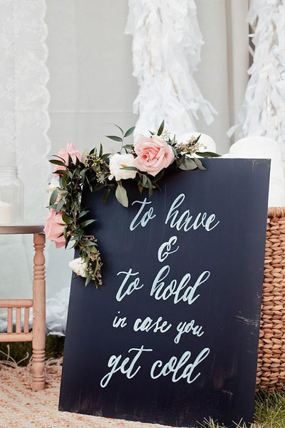 wedding sign for winter