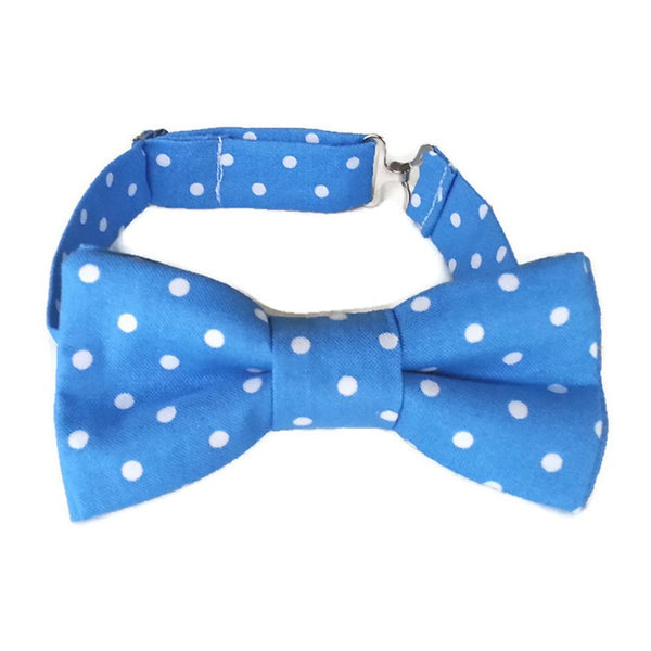 Blue bow tie with white dots for boys