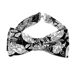Black and white print bow tie