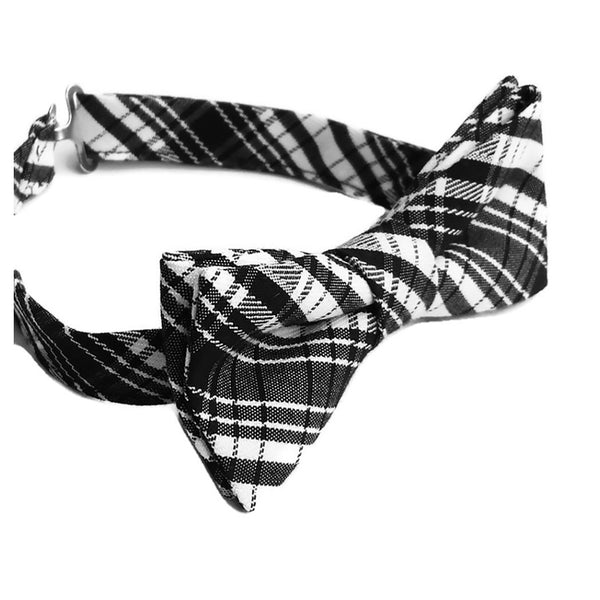 Black and white plaid bow tie side view
