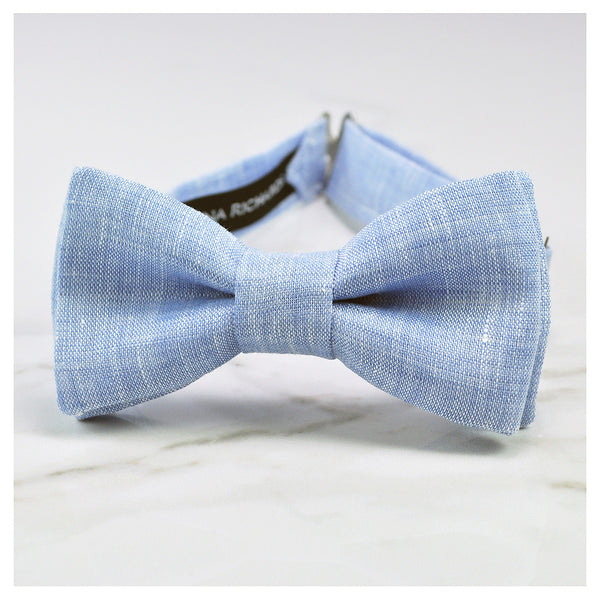 Light blue linen bow tie