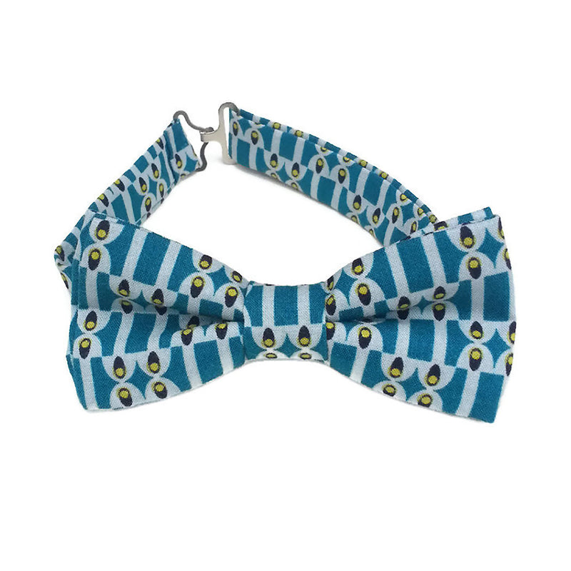 Teal cotton bow tie with retro print