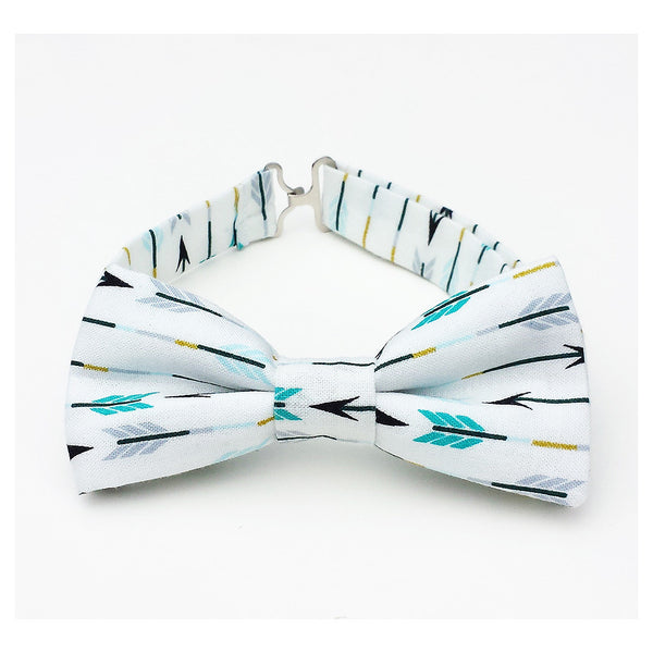 White bow tie with arrow pattern