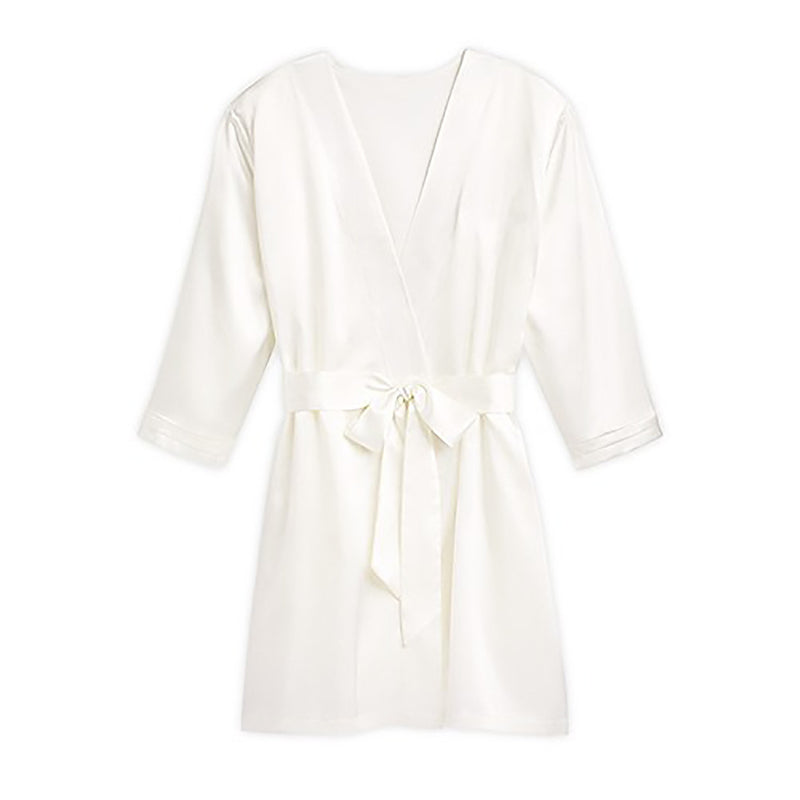 Silky white bridesmaids robes